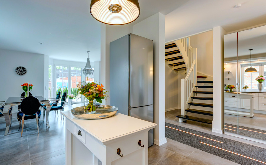 Kummerfeld Finest Art Of Living Objekt R&B AirBnb Projekt Einfamilienhaus Haus House Lieblingsopjekt Favorit Lydia Geldmacher Eingang Wohnen